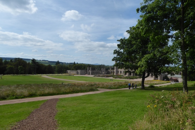 15th Aug Lowther Castle (19)